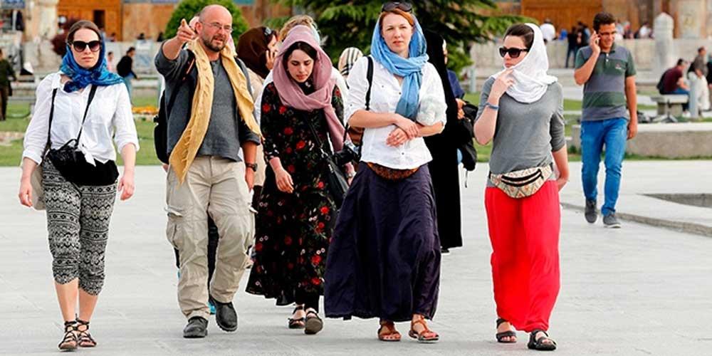 Dresscode in Iran by IranianTours.com